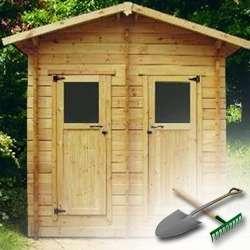 Строим деревянный душ на дачном участке